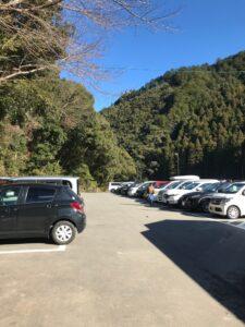 川湯温泉駐車場
