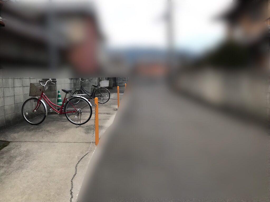 バイク駐車場