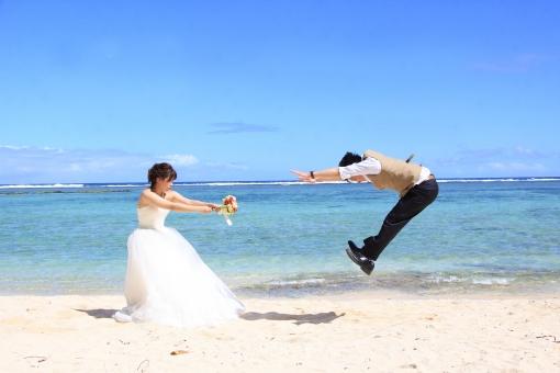 結婚式と披露宴の違い