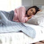 寝るときエアコンはつけっぱなしにするべき?寝苦しい夏を熟睡しよう!