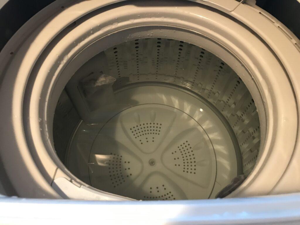重曹で洗濯槽の掃除5分回した後
