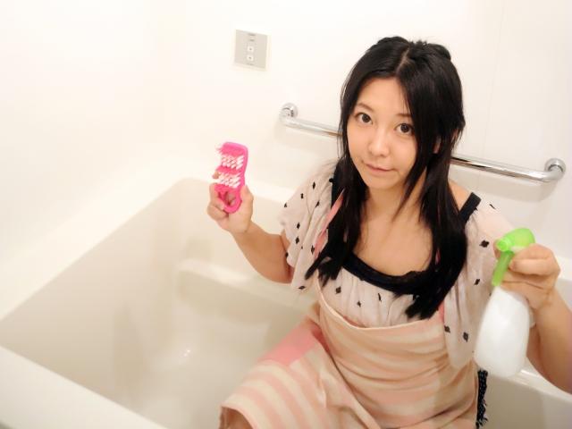 オキシクリーンで浴槽の掃除