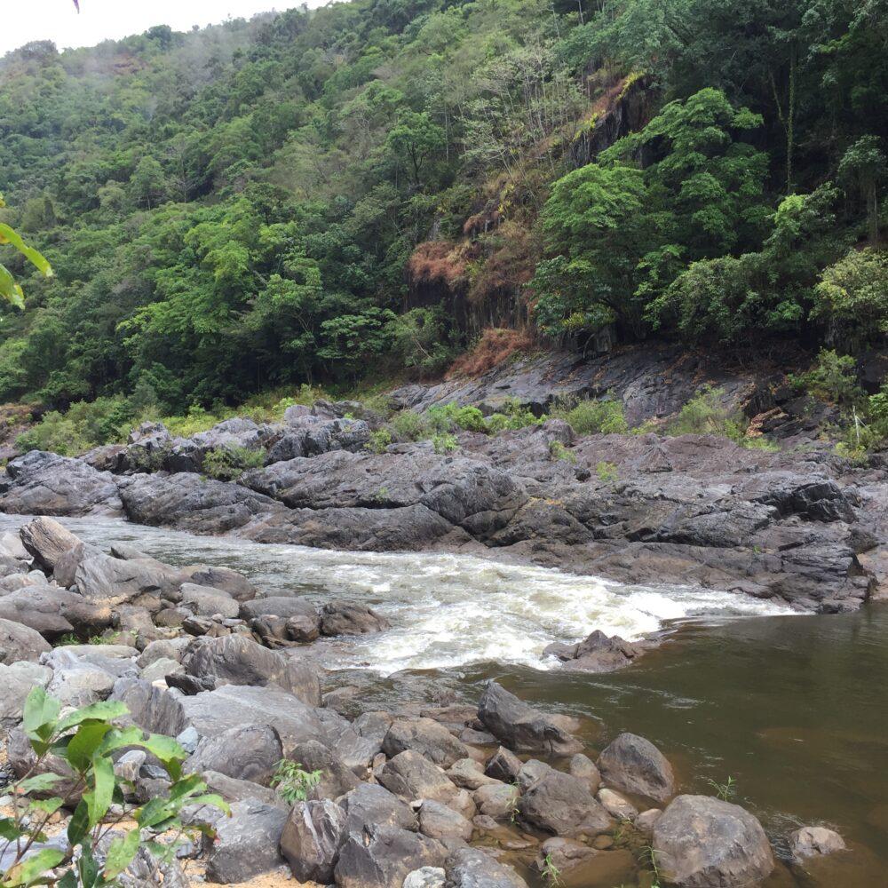 バロン川オーストラリアのラフティング