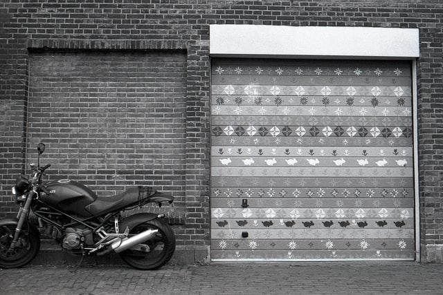 加瀬倉庫バイク収納